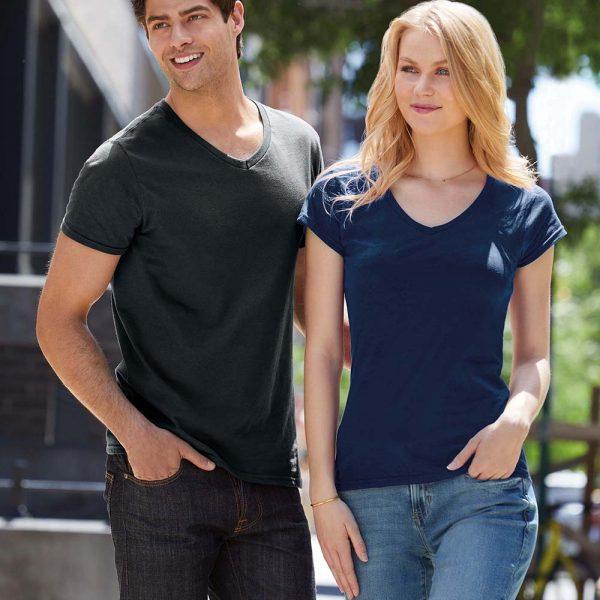 V-hals t shirt ontwerpen en bedrukken
